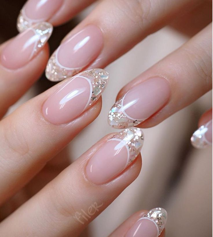 24 Cute Pink Short Nails Design With Printing For Valentine's Day