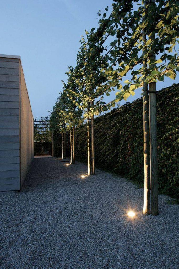 Contemporary garden design. Pinned to Garden Design by Darin Bradbury. #b ...
