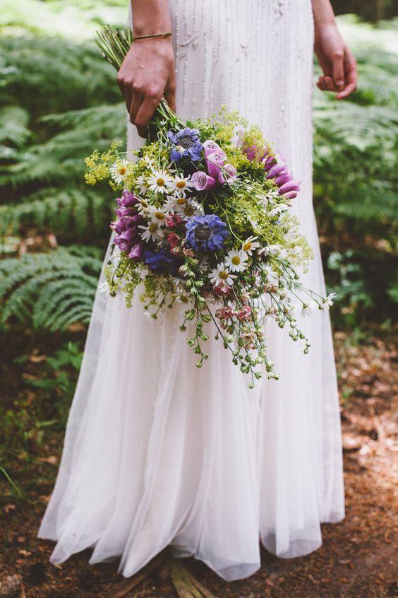 30 Ideen für die Integration von Kamillengänseblümchen in Ihre Hochzeit  #hoc...