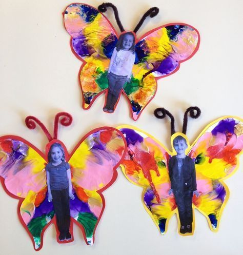 A butterfly project for preschool and elementary kids! Could use paint or feathe...
