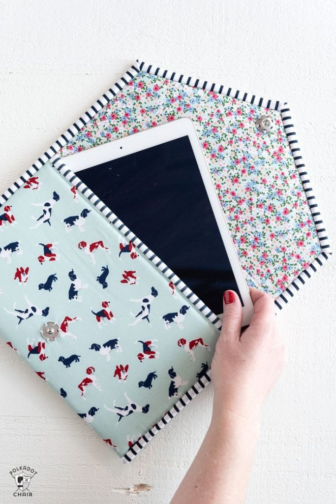 A PDF sewing pattern for a padded ipad or tablet case. How to sew an Ipad case. ...