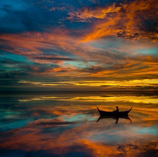 All colors of our sun: 60 stunning landscape photographs back the next holiday w...
