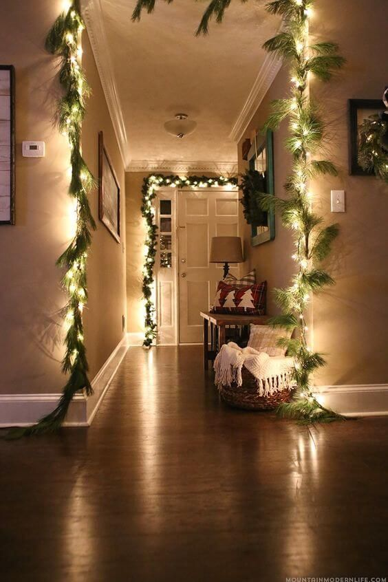 Christmas Decorations Ideas with Fairy Lights Garland with Fir Branches