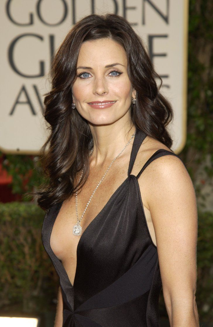 Courteney struck a pose on the Golden Globes red carpet in 2003.