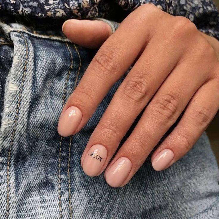 Dies sind die heißesten neuen Nageldesigns, die Sie für Ihr nächstes Mani aus...