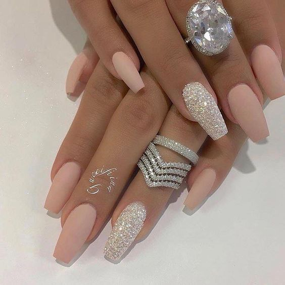 Do not miss Deep and Glitter Nail Designs and Nail Arts - #Designs #Glit ...