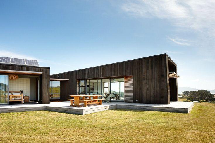Herriot Melhuish Oneill architects, Peka Peka House, eco house wellington, solar...