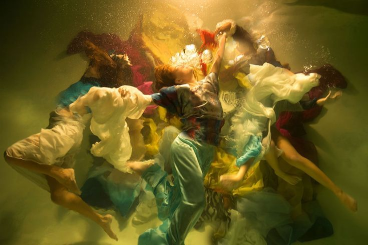 Muses Christy Lee Rogers Underwater Photography Underwater Photos Baroque Charac...