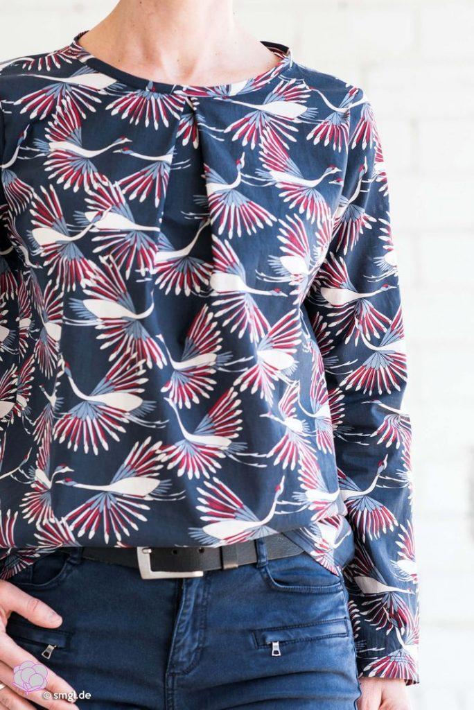 Näh dir eine schicke Bluse mit Kellerfalte einfach selber! Weitere einfache Sch...