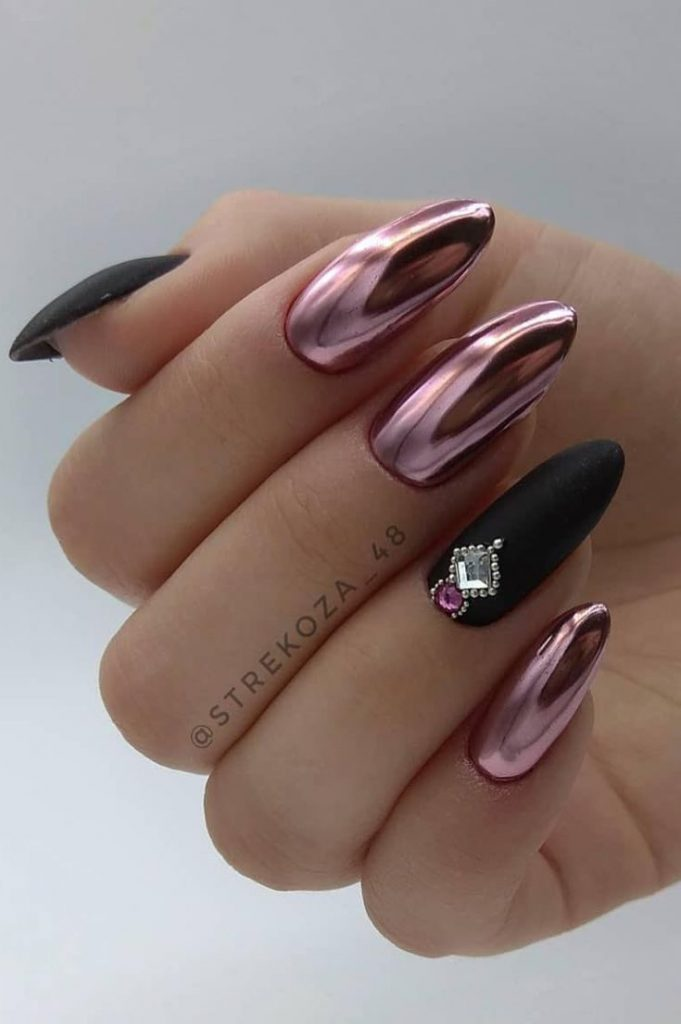 Nails Design: Night Entertainment for 42 Festive and Bright Nail Art Ideas For New 2019 - Pag...