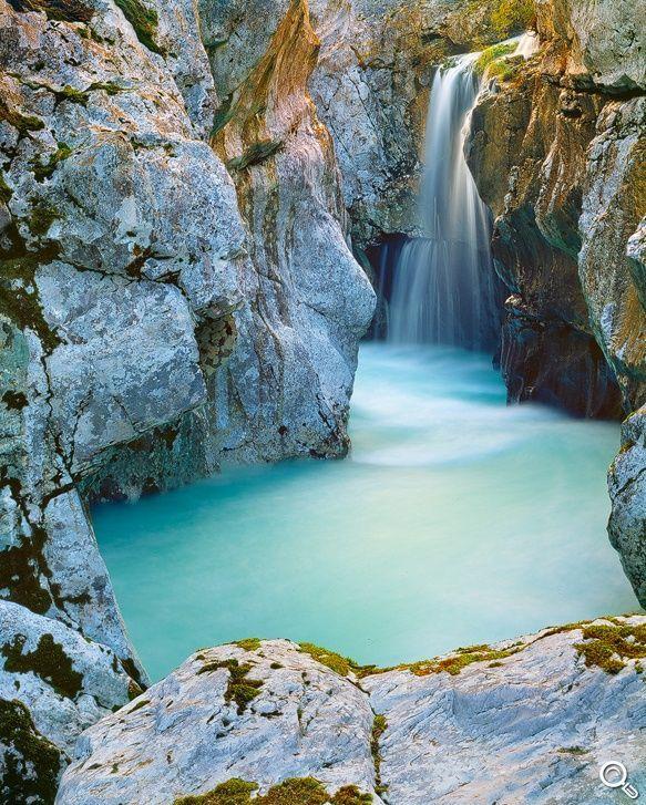 Soca Waterfall   Andreas Resch - Nature Photography