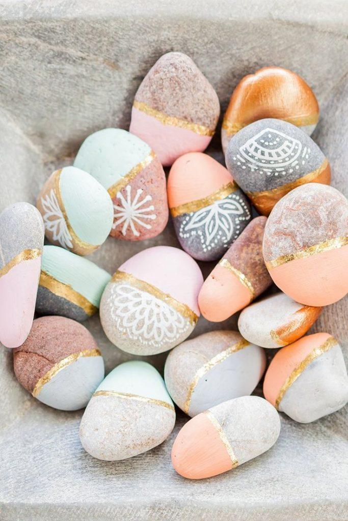 Sweet deco for the summer l DIY Colorful stones l Garden l Tuschdeko
