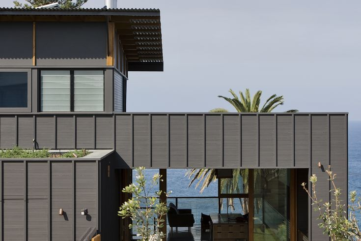 The '2 Corner' house – Sustainable Architecture with Warmth & Texture | De...