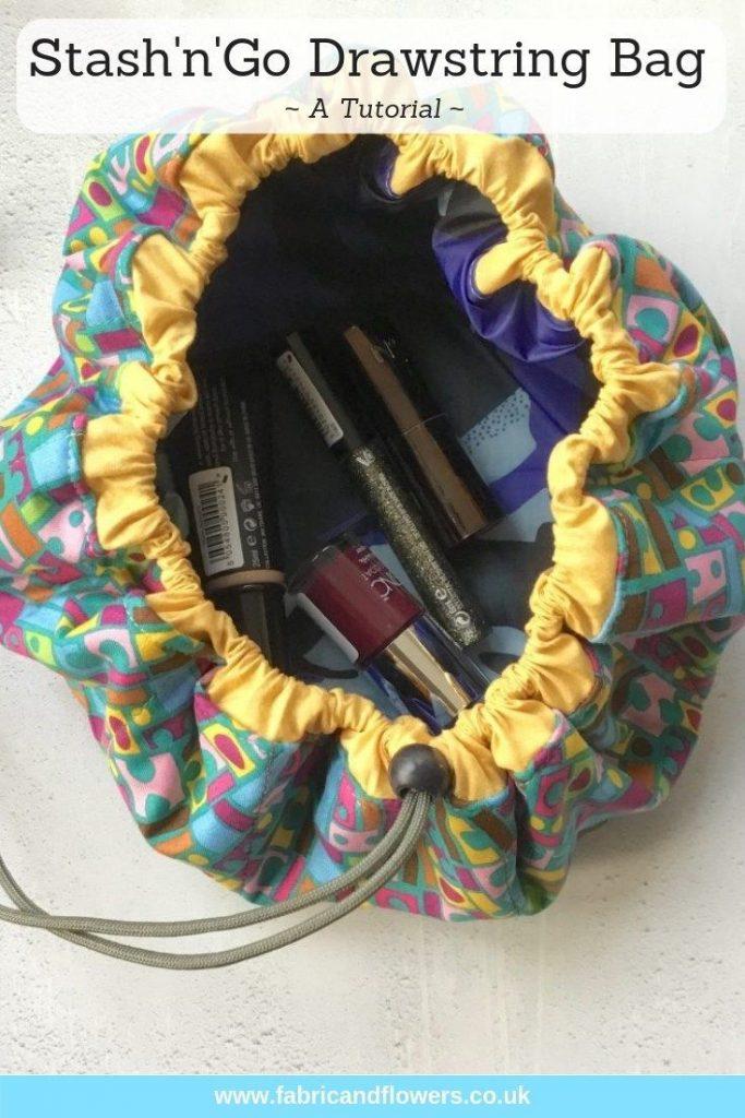 Tutorial for the StashnGo drawstring bag by fabricandflowers | Sonia Spence