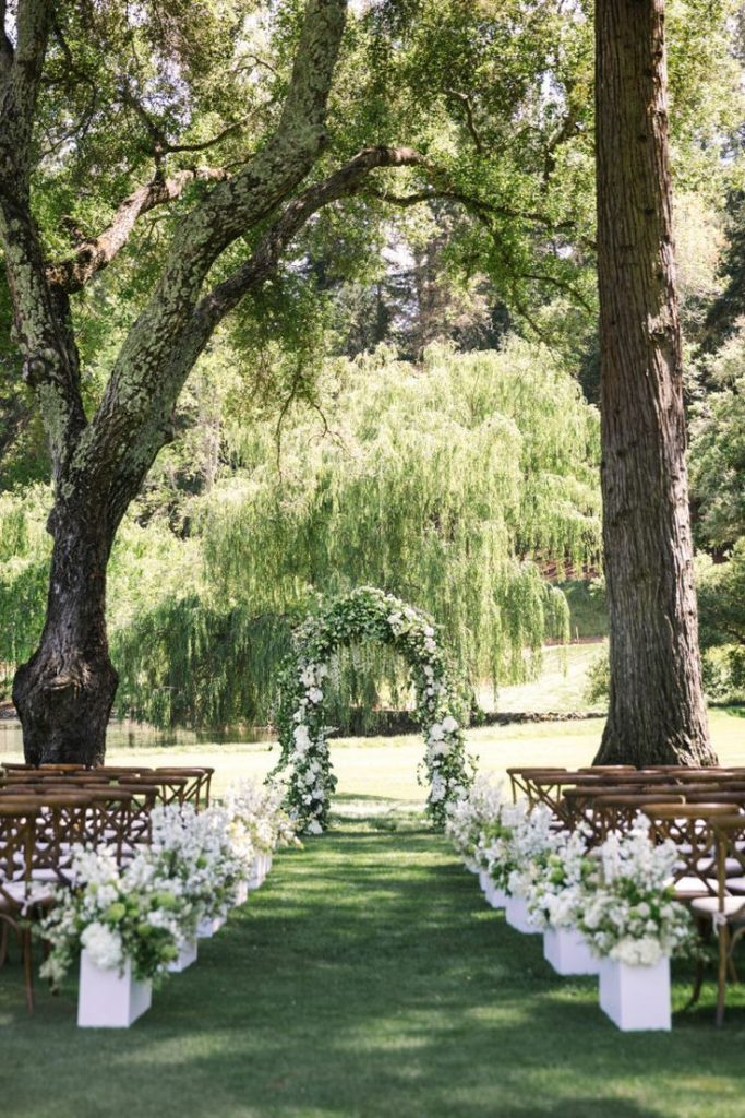 Wedding | Wedding Decoration | Table decoration | Flowers | Fairy lights | Wedding Flowers ...