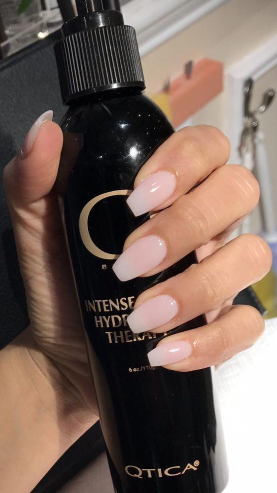 Medium / long coffin nails; Glitter nails, nails, pink nails, acrylic nails ......