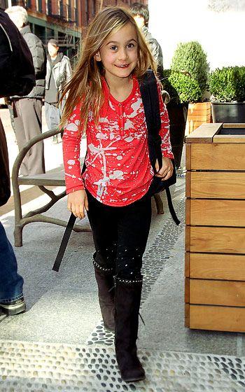 Courteney Cox and David Arquette's scene-stealing daughter Coco Arqette hits...