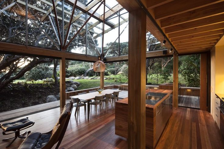 House among the Pohutukawa trees – Sustainable Architecture with Warmth & ...
