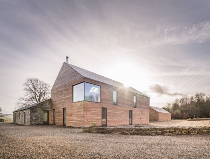 UK man builds highly sustainable near-Passivhaus home for his elderly parents   ...