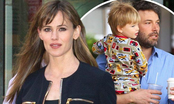 Jennifer Garner opens up about husband Ben Affleck's parenting skills #DailyMail...