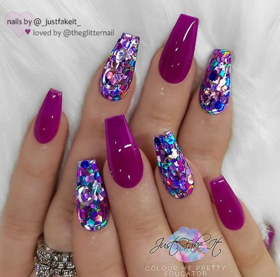 Salmon pink Ombre effect and glitter on coffin nails #effekt #glitter # salmon pink ...