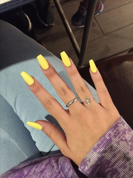 60 Simple Acrylic Coffin Nails Colors Designs #Acrylic #Designs #Simple #Colors # Nails #naili ...