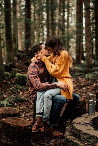 Autumn engagement photos that are simply the cutest ★ More informati ...