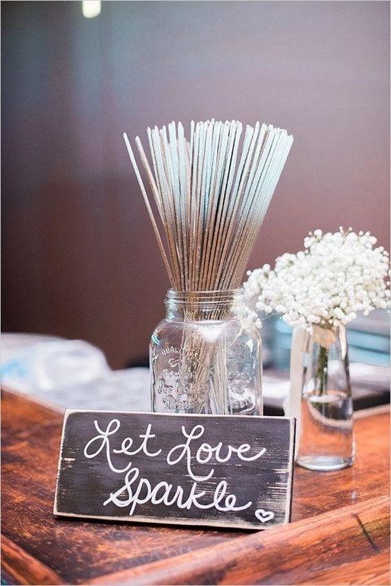 Fall Wedding Ideas - Rustic Decorations for a Fall Wedding #weddings...