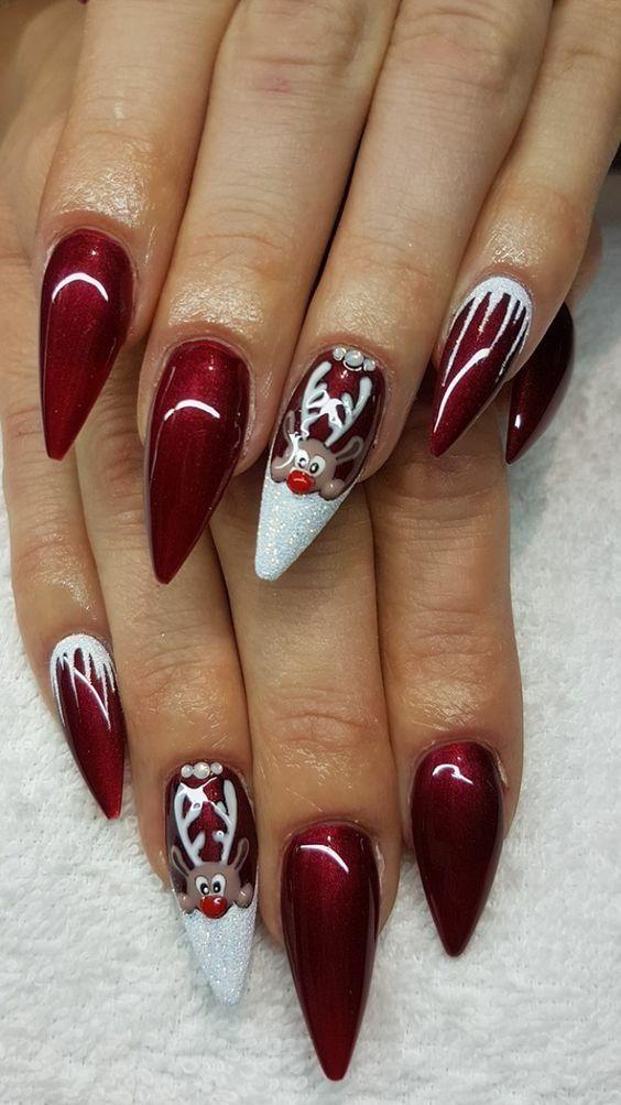 Christmas nail art with deer; Christmas nails; sweet Christmas nails; Wei ...
