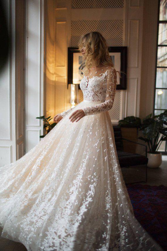 A line wedding dress with long sleeves - #armeln #A # wedding dress #lang ...