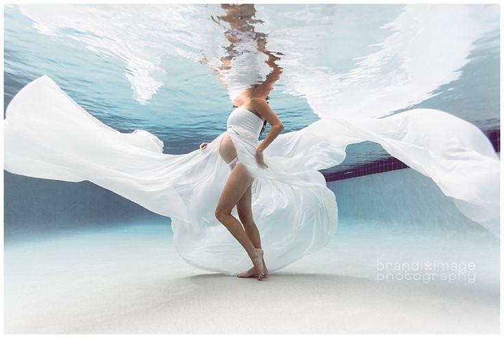 Underwater Maternity by Brandi Image...