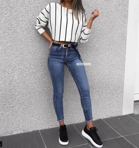 Blue Jeans and Sneaker Ideas for Autumn Here are some of the best outfit ...