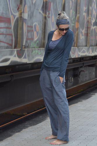 Produktfoto von Hummelhonig for sewing pattern ladies trousers Cairo ...